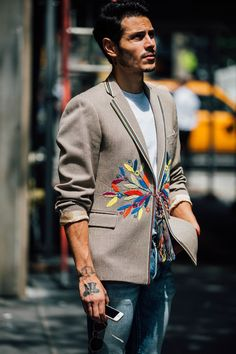 The Best Street Style From The New York Menswear Shows New York Men's Street Style, Daily Street Style, Best Street Style, Street Style 2017, Cool Street Fashion, Street Styles, Latest Mens Wear, Stylish Mens Outfits, Plaid Outfits