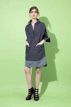 avie online store 1152-060602 タイプライター ボックスシャツドレス