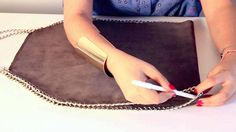 sewing - how to make a bag like stella mccartney's - video tutorial (in italian but you can see what to do anyway)