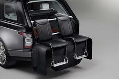 Land Rover - Range Rover SVAutobiography 9/11