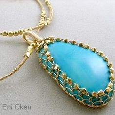 Net Bezel Pendant Tutorial, by Eni Oken. How to trap a cabochon in a netted bezel using only wirewrap, no solder or glue | JewelryLessons.com