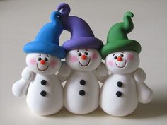 Une famille de bonhommes de neige très sympathique: