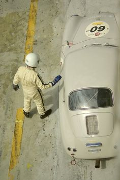 vintageclassiccars: Porsche 356 -