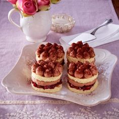 Schokoladen-Pflaumentörtchen French Toast, Cheesecake, Muffin, Breakfast, Desserts, Food, Chocolate, Pies, Plum
