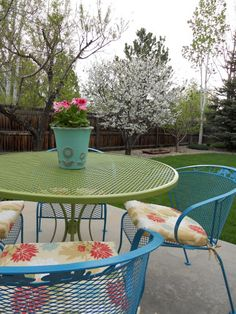 Just Another Hang Up: Patio Furniture Redo . . .