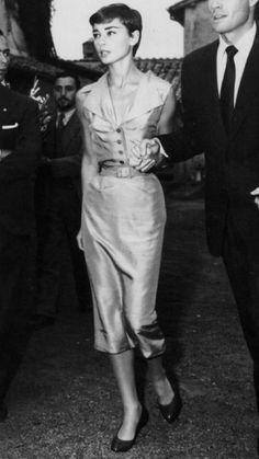 Audrey in Rome,Italy,1954 Dress:Christian Dior Shoes :Salvatore Ferragamo