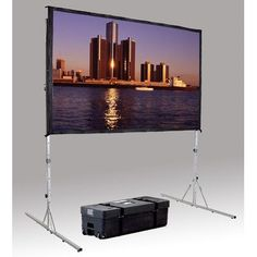 "Da-Lite Fast Fold Deluxe Portable Projection Screen Viewing Area: 84"" H x 84"" W"