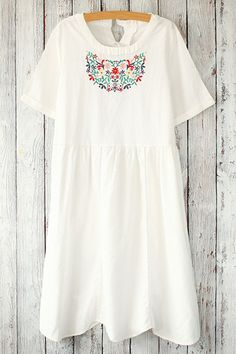 Floral Embroidered Round Neck Short Sleeve Dress