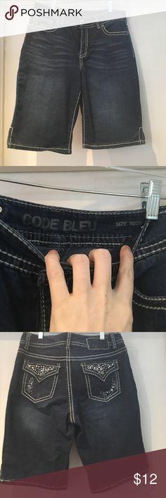 Code Bleu Jean Shorts Gently used. Very cute!! Code Bleu Shorts Jean Shorts