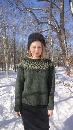 Icelandic Sweater / Lopapeysa Hand Knit in Pine by Waysofwoodfolk Winter Sweaters, Wool Sweaters, Fair Isle Knitting, Hand Knitting, Icelandic Sweaters, Nordic Sweater, Student Fashion, How To Purl Knit, Sweater Design