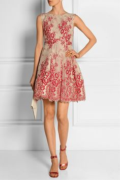 Beige tulle, red lace Zip fastening along back 65% nylon, 35% polyester; combo: 100% silk; lining1: 97% polyester, 3% spandex; lining2: 57% nylon, 43% polyester Dry clean Designer color: Red/ Sesame