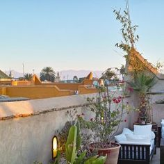 Feel welcome to our charming rooftop restaurant in the Marrakech Medina. Our roof terrace is the perfect spot to dine al fresco, sunbathe or just relax. Beautiful Sunset, Most Beautiful, Rooftop Terrace, Marrakech, Moroccan, Traditional, Plants, Roof Deck, Plant