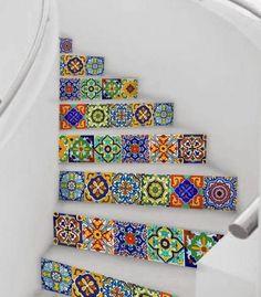 carrelage-patchwork-pour-les-pas-de-lescalier
