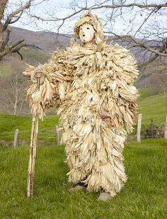 Charles Freger photographed and travelled through 19 countries to collect this stunning collection of photos of European Pagan Rituals surviving to this day. Charles Freger, The Doors Of Perception, African Masks, Folk Costume, Masquerade, Cool Things To Buy, Lion Sculpture, Europe, Traditional
