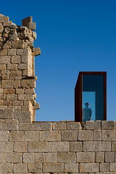 Castelo Novo's Castle by COMOCO arquitectos