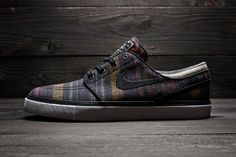 """Nike SB Zoom Stefan Janoski """"Hacky Sack"""": Soon, Nike SB will pay homage to the popular woven footbags of the with a brand new """"Hacky Nike Sb Shoes, Nike Free Shoes, Nike Shoes Outlet, Running Shoes Nike, Skate Shoes, Sneakers Nike, Men's Shoes, Nike Free Runners, Nike Sb Janoski"""