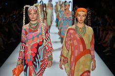 #fashion #fashionweek #berlinfashionweek #berlin #woman #fashionwoman #women Berlin Fashion, January 14, Alexander Mcqueen, Woman, Womens Fashion, Alexander Mcqueen Couture, Women, Women's Fashion, Woman Fashion
