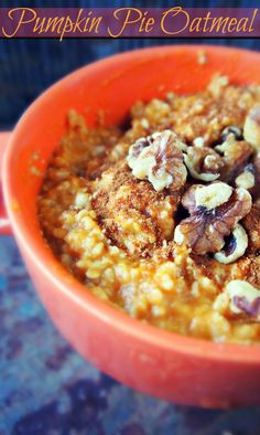 Healthy Pumpkin Pie Oatmeal!