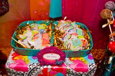 Adorable decorated elephant cookies at a Bollywood Party #bollywood #partycookies