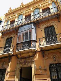Cultura de Sevilla: Casa para José Borrego en calle Águilas Big Town, Seville, Spain, Mansions, World, House Styles, Places, Home Decor, Interior