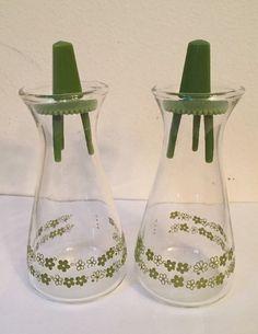 Vintage Pyrex Corelle CorningWare Spring Blossom Crazy Daisy Salt Pepper Shakers #Pyrex