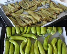 Πράσινες πιπεριές κι ο τρόπος που τις φτιάχνουμε σε βαζάκια για μεζεδάκι!!! ~ ΜΑΓΕΙΡΙΚΗ ΚΑΙ ΣΥΝΤΑΓΕΣ No Cook Desserts, Sweets Recipes, Cooking Tips, Cooking Recipes, Greek Cooking, Food Test, Greek Recipes, Finger Foods, Vegetarian Recipes