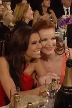 Eva and marcia Marcia Cross, Fashion, Moda, Fashion Styles, Fashion Illustrations, Fashion Models