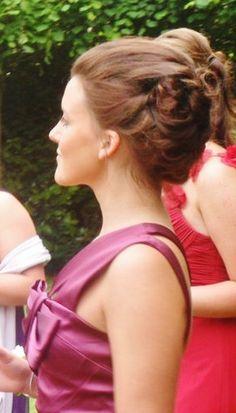 Cool styling for Rachael's School Graduation. Bridal Hair And Makeup, Hair Makeup, Prom Dresses, Formal Dresses, Edinburgh, My Images, Circles, Scotland, Graduation