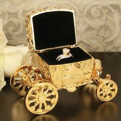 Cinderella Gold Tone Carriage Ring Holder White Raw Silk Pillow Engagement  Gift 77b2b16b44