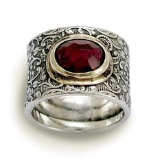 Wide sterling silver filigree band combined gold inlaid garnet - *Craving* by Artisan Look on etsy.com