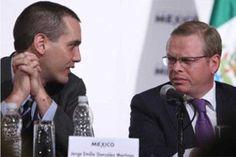 m.e-consulta.com | Dos funcionarias ya zopilotean el puesto de Arturo Escobar | Periódico Digital de Noticias de Puebla | México 2015