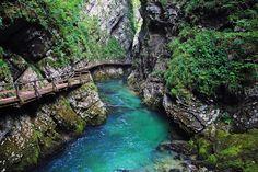 Tigvel, Slovenia