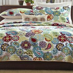 Quilts + Bedspreads