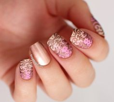 There's one word to describe this mani, classy!