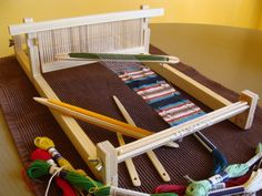 DIY Rigid Heddle Loom
