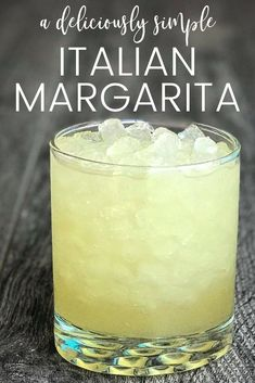 The Best Italian Margarita You've Ever Tasted. This drink is so amazing! The margarita is a classic cocktail but try this twist when you're looking to mix it up. This italian margarita recipe will even blow your bartender away. Liquor Drinks, Cocktail Drinks, Cocktail Recipes, Alcoholic Drinks, Beverages, Margarita Cocktail, Margarita Mix, Bourbon Drinks, Coconut Margarita