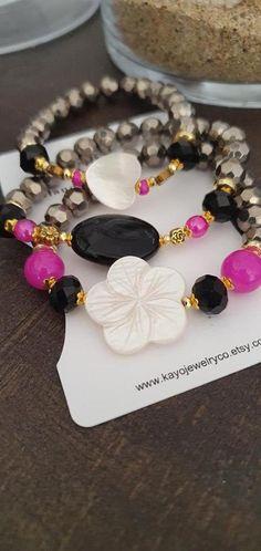 Bohemian Bracelets, Hippie Jewelry, Fashion Bracelets, Etsy Jewelry, Jewelry Shop, Handmade Jewelry, Handmade Items, Fashion Shops, Boho Fashion