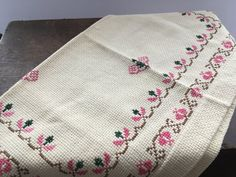 Your place to buy and sell all things handmade Pink Table, Crochet Potholders, Linen Tablecloth, Vintage Table, Coaster Set, Wall Tapestry, Red Green, Weaving, Cross Stitch