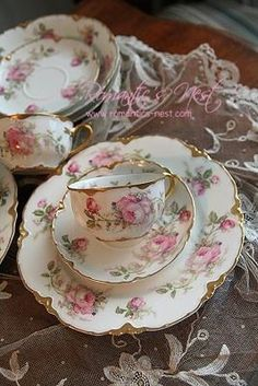 Love - scalloped plate - pink roses teacups tea time delight. China.