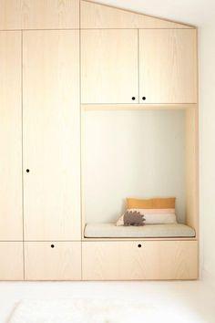 Deco wood plywood plywood Plywood Shelves, Plywood Walls, Plywood Cabinets, Diy Kids Furniture, Furniture Design, Storage Shelves, Shelving, Modern White Bathroom, Bathroom Cabinetry