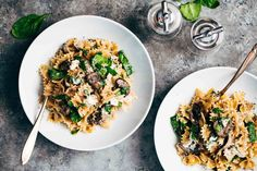 Pepper Passport | Beautiful & buttery mushroom pasta