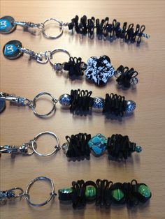 Keychain made of innertube. Sleutelhangers gemaakt van binnenband.