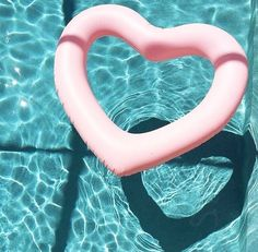 The Most Chic Summer Pool Floats For Adults 2019 - summer dress summer shirts summer aesthetic aesthetic aesthetic collage aesthetic drawings aesthetic fashion aesthetic outfits flower aesthetic - blue aesthetic - Summer Blue Dresses 2019 Summer Pool, Pink Summer, Summer Of Love, Summer Beach, Summer Vibes, Style Summer, Beach Fun, Pink Beach, Summer Colors