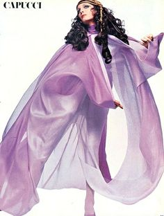 Mirella Petteni in shades of lilac chiffon by Capucci, photo by Gian Paolo Barbieri, Vogue Italia, March 1969 Foto Fashion, 60 Fashion, Fashion History, Fashion Beauty, Autumn Fashion, Icon Fashion, Fashion Brands, 60s And 70s Fashion, Vintage Fashion