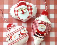 Christmas Santa Claus Ornaments / Xmas Felt Santa by CraftsbyBeba Christmas Ornaments To Make, Felt Ornaments, Christmas Projects, Felt Crafts, Holiday Crafts, Christmas Snowman, Christmas Baking Gifts, Christmas Sewing, Snowman Decorations