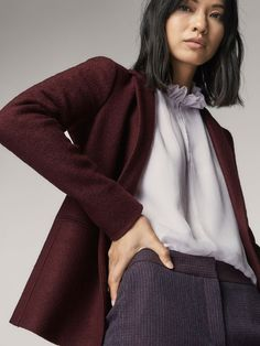 Women´s New In at Massimo Dutti online. Enter now and view our Spring summer 2017 New In collection. Effortless elegance!