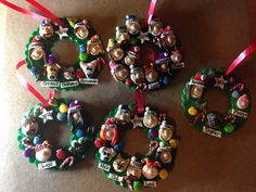 Personalized Polymer Clay Family Wreath Ornament Family Tree Christmas Ornament Polymer Wreath by ArtistryByAli on Etsy https://www.etsy.com/listing/200286515/personalized-polymer-clay-family-wreath