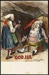 Julekort med nisse og nissekone (National Library of Norway) Tags: christmas postcards christmascards jul julekort postkort nisser nasjonalbiblioteket hytider nationallibraryofnorway nilsbergslien lboller
