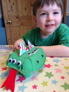 egg box dragon for St George's Day