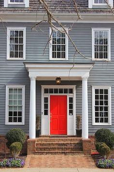 Red door house entrance New Ideas Door Paint Colors, Front Door Colors, Exterior Paint Colors, Exterior House Colors, Paint Colors For Home, Exterior Design, Red Door House, House With Porch, House Front
